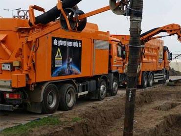 zandzuigwagen grond weg waterbouw